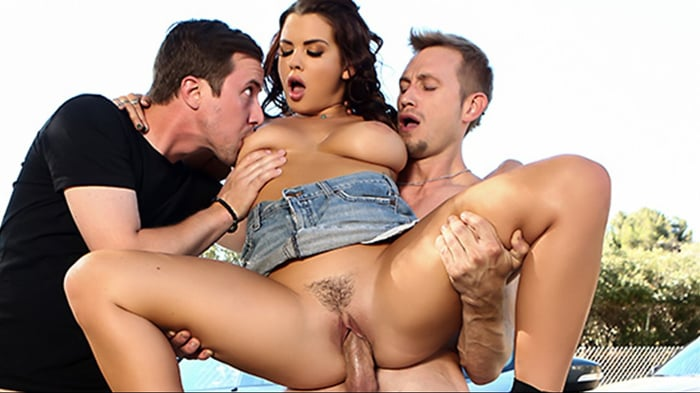 Keisha Grey in Road Head