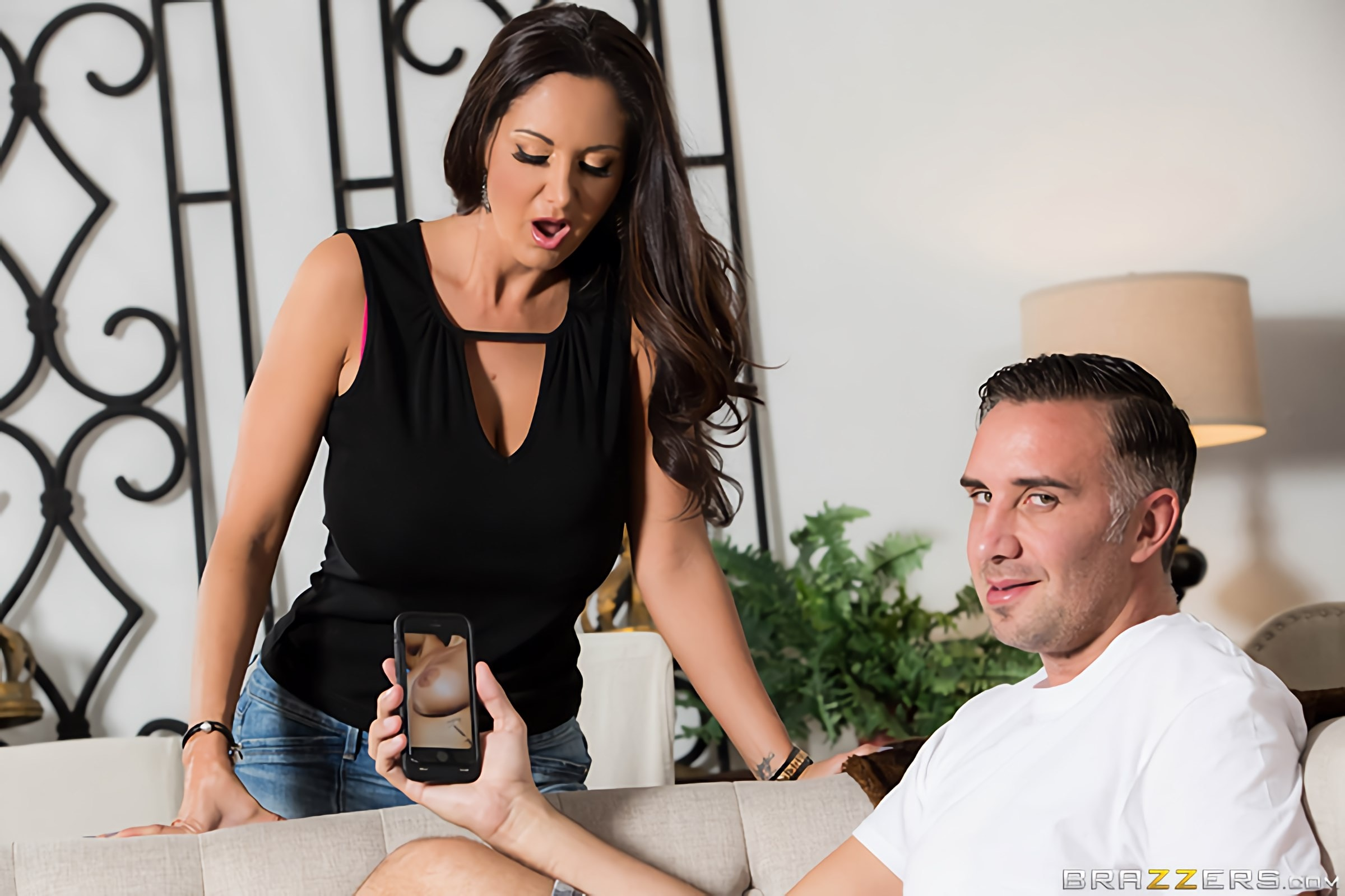 Ava Addams - Stay Away From My Daughter | Picture (1)