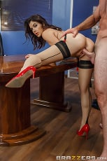 Valentina Nappi - Pushing Boundaries | Picture (12)