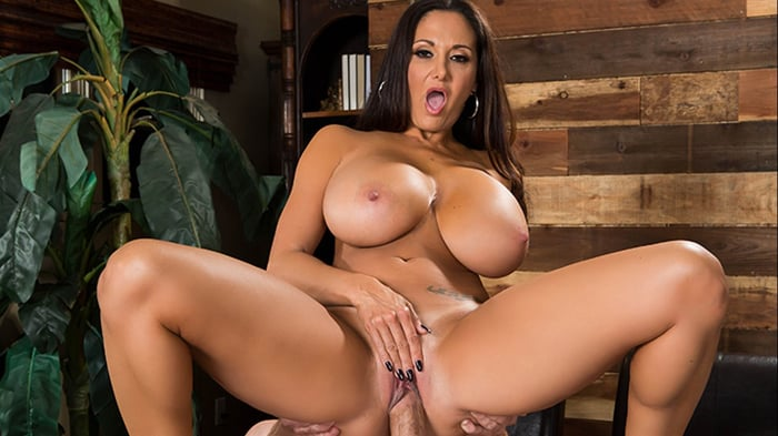Ava Addams in Survey My Pussy