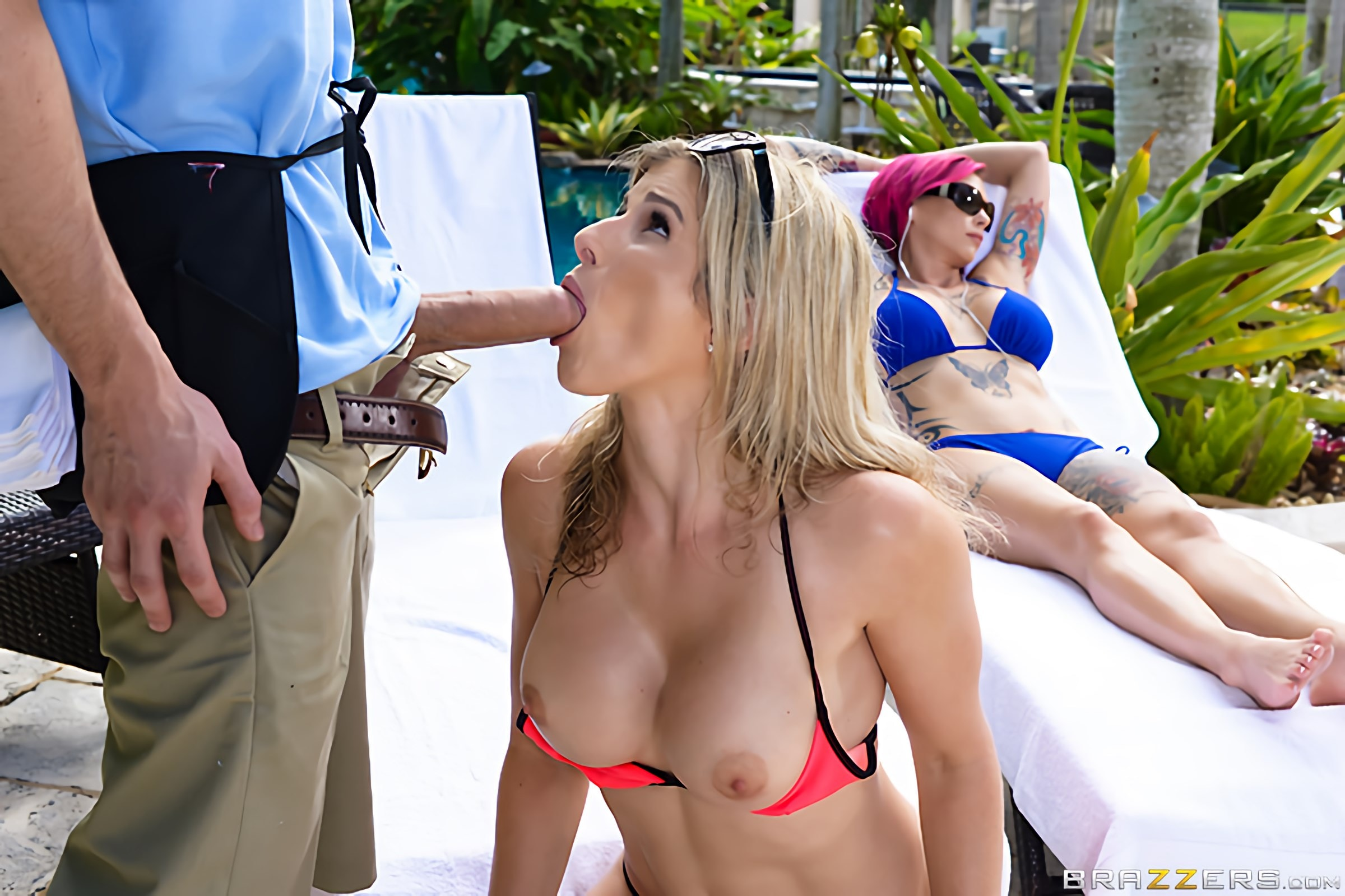 Anna Bell Peaks - Milfs On Vacation- Part 2 | Picture (2)