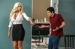 Nicolette Shea - Mind Blowing | Picture (1)