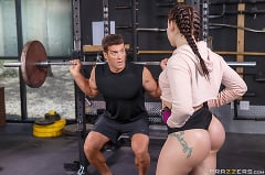 Mandy Muse - Girls Who Squat | Picture (1)