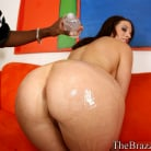 Crissy Cums in 'White hoe hungry for Chocolate'