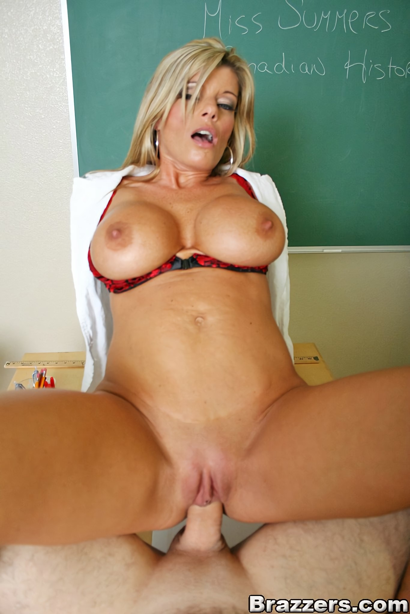 Kristal Summers - The Teachers Pet | Picture (15)