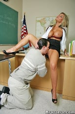 Kristal Summers - The Teachers Pet | Picture (3)