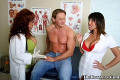 Ava Devine - Sexy situation | Picture (2)