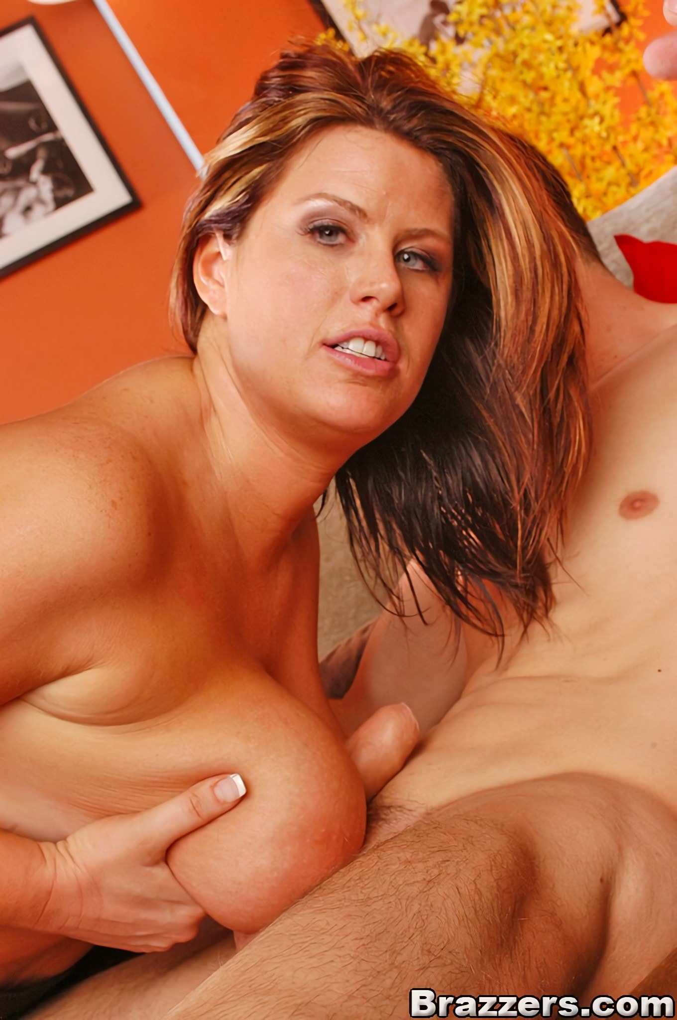 Lisa Sparxxx - Lisa Sparxs Huge Tits Bounce While She Gets The | Picture (9)