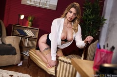 Giselle Palmer - Therapeutic Fuck | Picture (1)