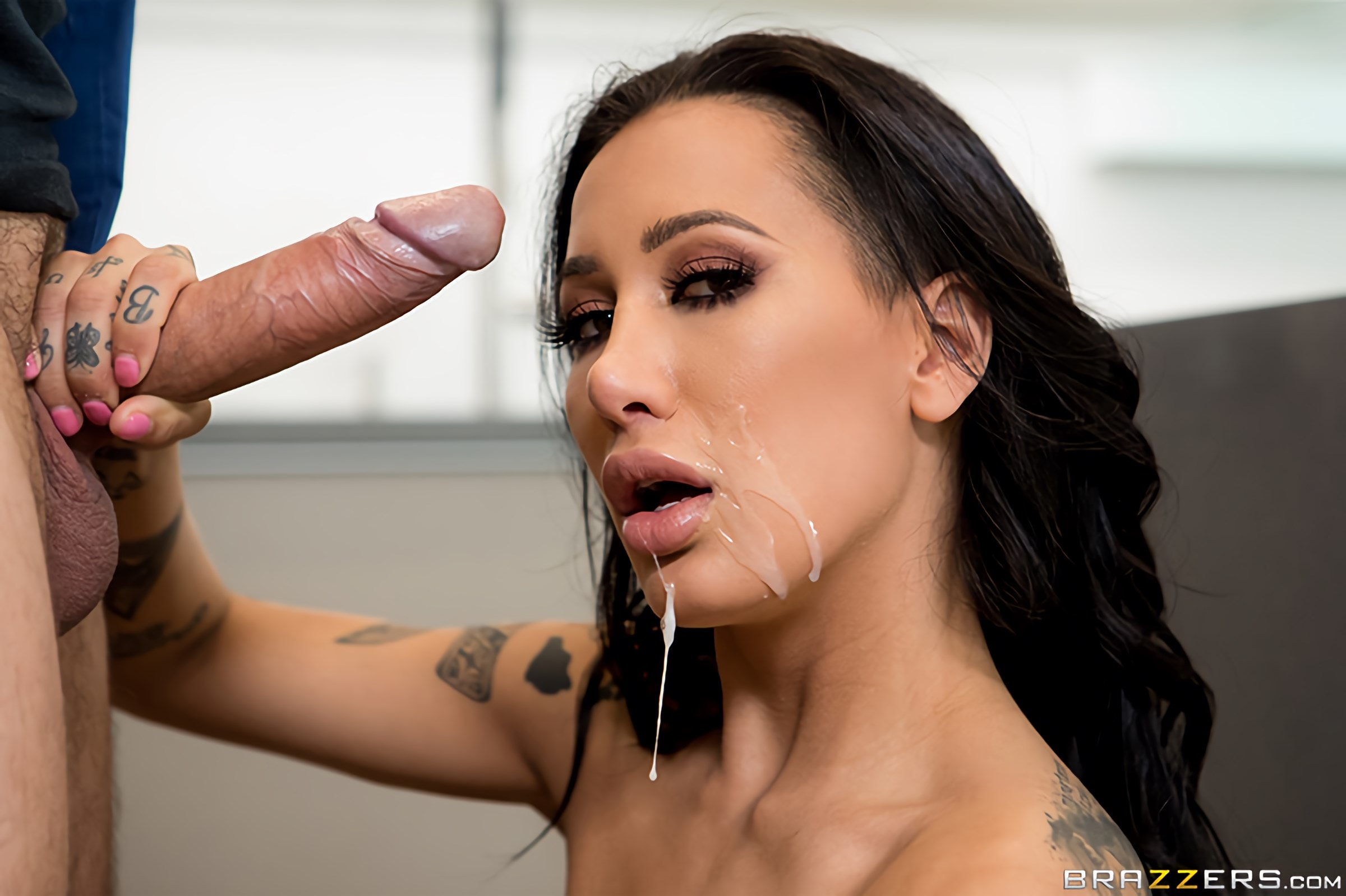 Amia Miley - Laying Pipe For A Pornstar | Picture (5)