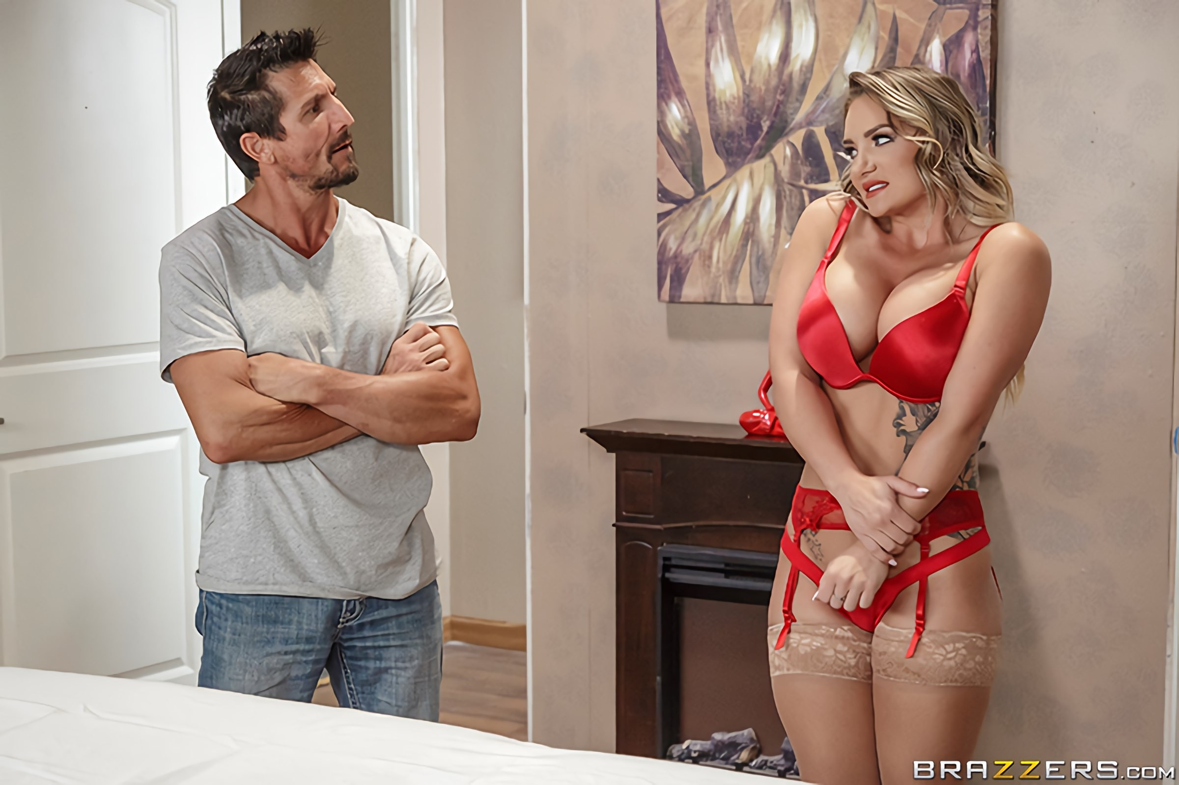 Cali Carter - First Day On The Job | Picture (1)