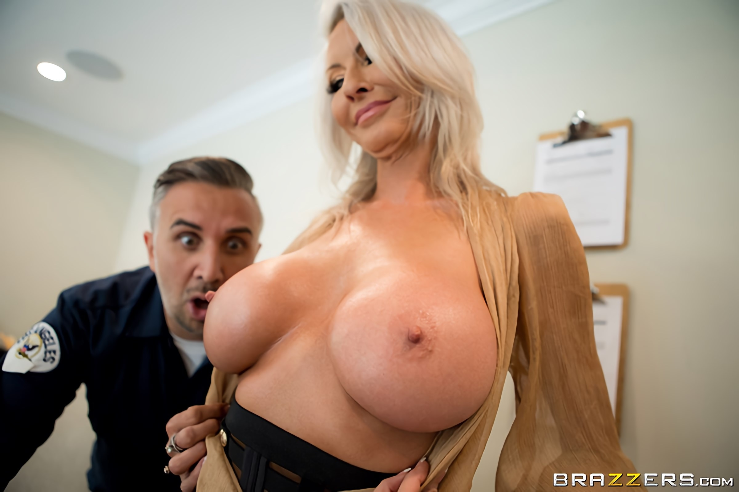 Emma Starr - Pretty Theft | Picture (2)