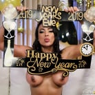 Luna Star in 'Squirting In The New Year'