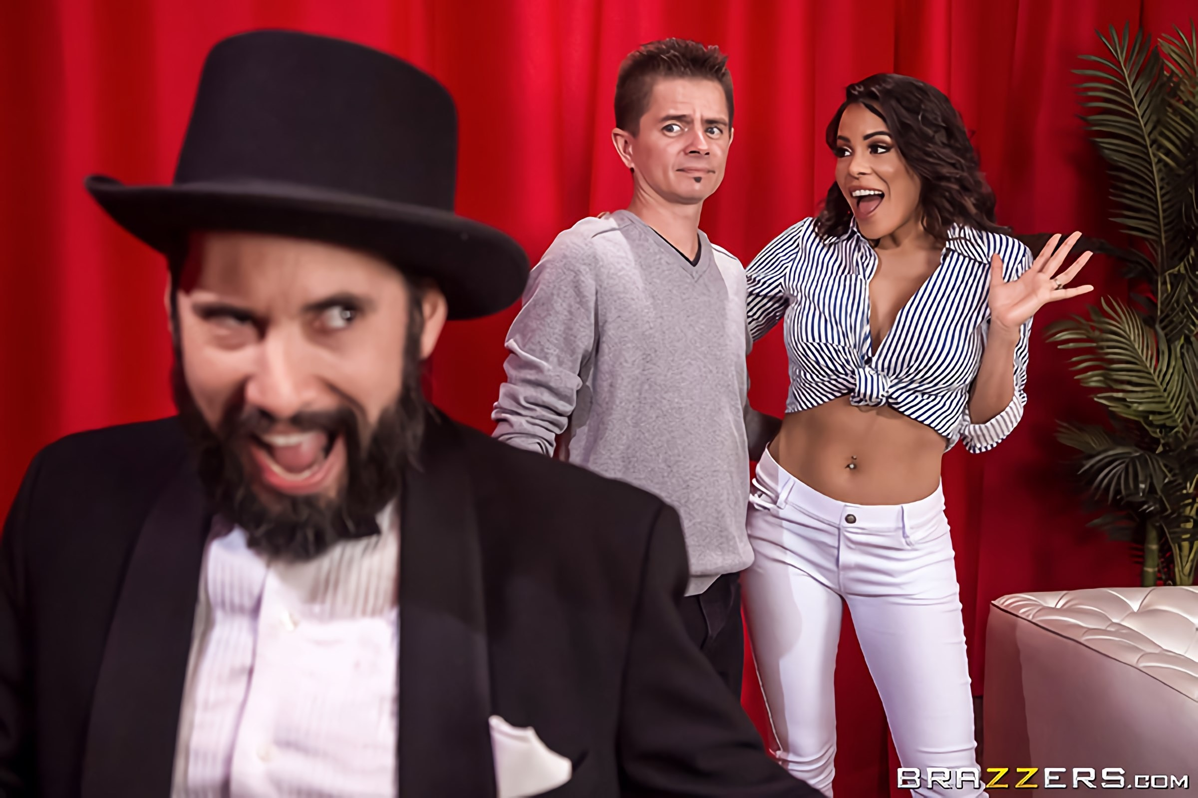 Luna Star - Now You See Me, Now You Ho | Picture (1)