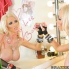 Nikki Benz in 'Big Cock Rock Star'