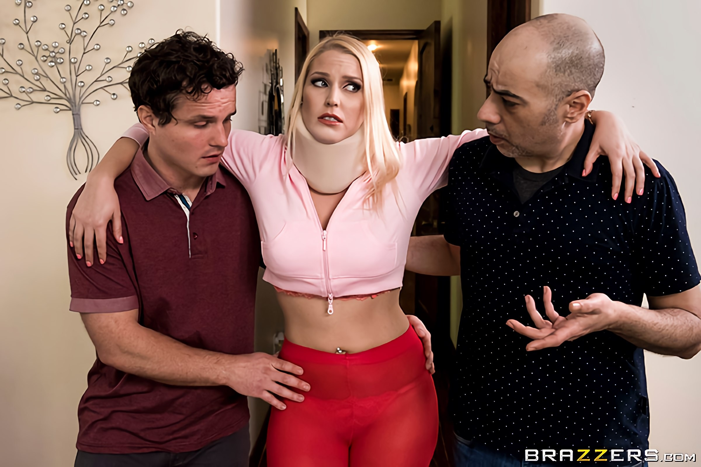 Vanessa Cage - Can You Undress Me | Picture (1)