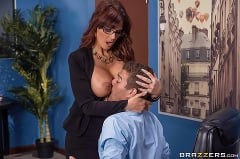 Syren De Mer - Red Hot Boss From Hell | Picture (2)