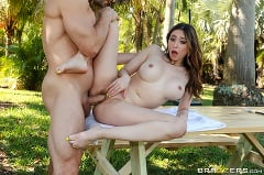 Quinn Wilde - Field Day Fuck | Picture (3)