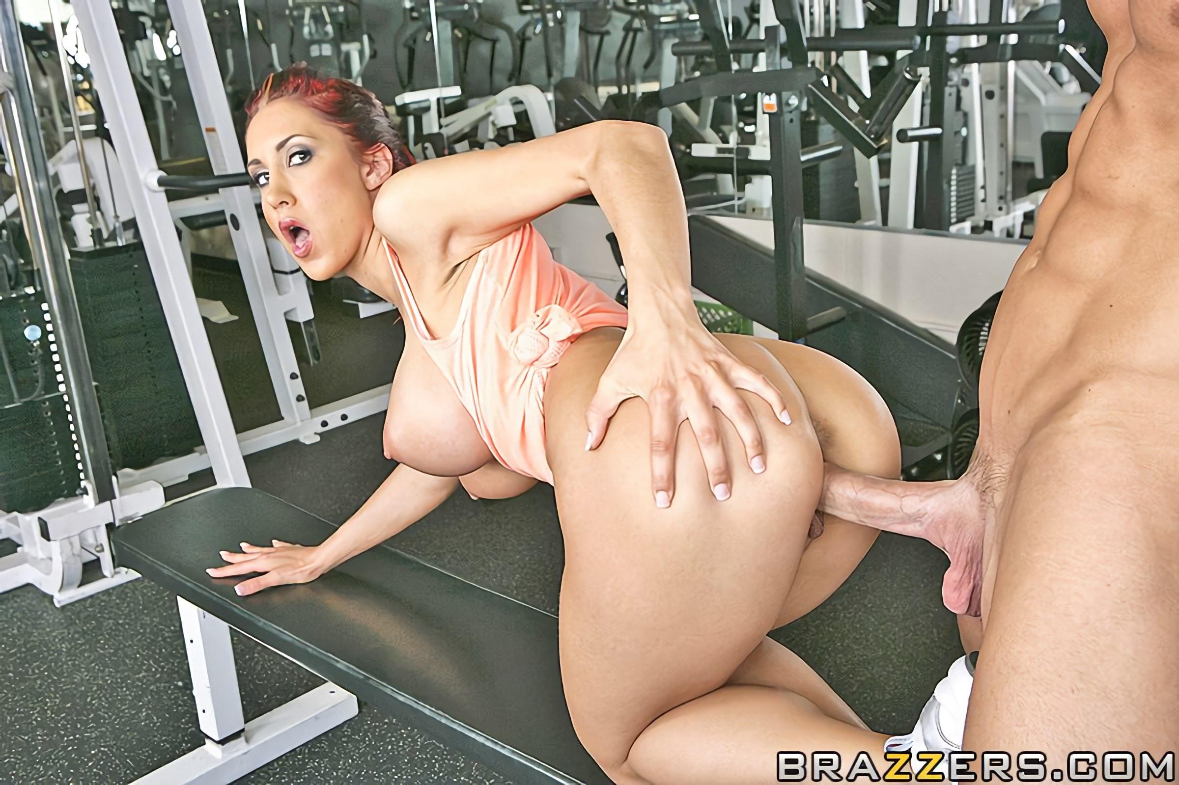 прошлый секс в тренажерном зале с тренером женщиной раньше люди