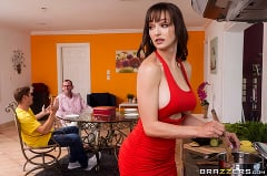 Lexi Luna - My Stepmom's A Fuck Up | Picture (2)