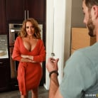 Richelle Ryan in 'House Warming'