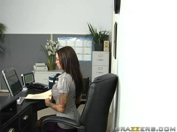 Angelina Valentine in Office Tricks