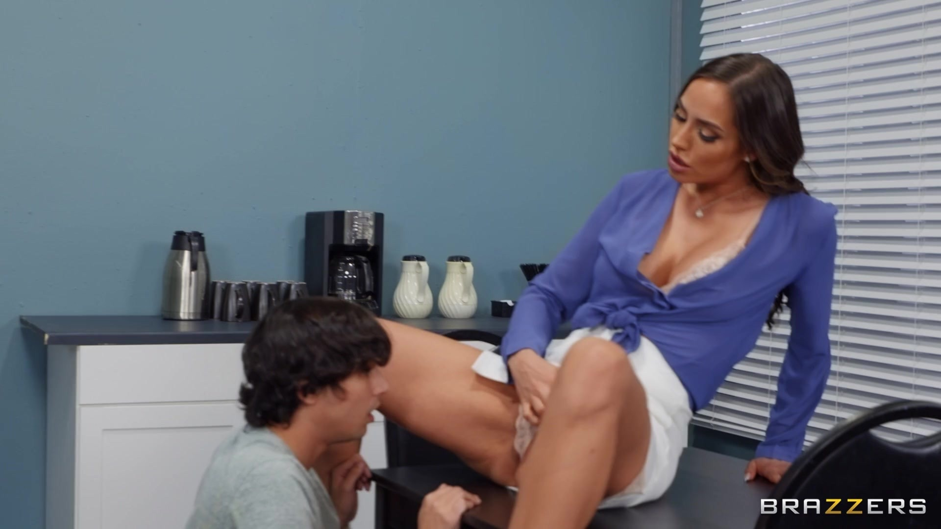 Desiree Dulce - Sex on the Syllabus | Picture (2)