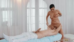 Daphne Klyde - Daphne Turns The Massage Table | Picture (4)