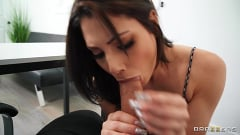 Nella Jones - Sweating, Cleaning and Cheating | Picture (3)
