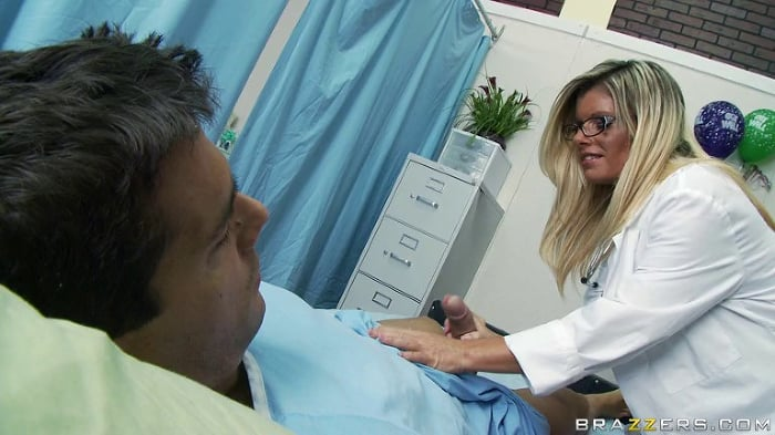Kristal Summers in Malpractice Slut
