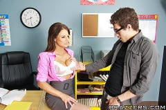 Brooke Belle - Getting Head in Sex Ed | Picture (7)