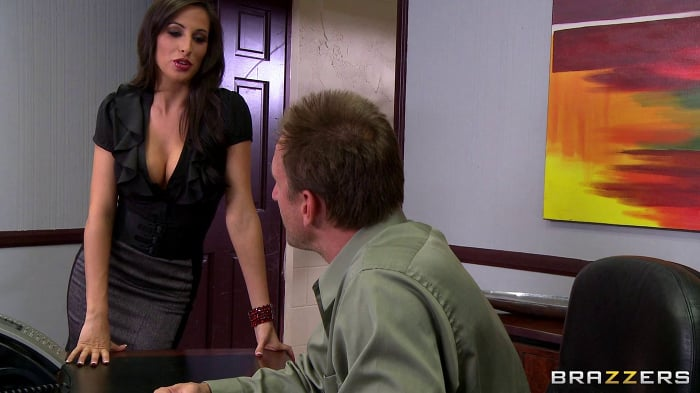 Jessica Jaymes in Busted