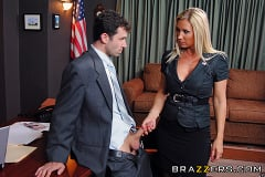 Devon Lee - Polishing The Politician | Picture (5)