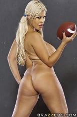 Alanah Rae - The Big Game | Picture (3)