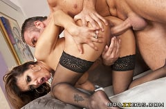 Francesca Le - The Pipes Are Calling | Picture (15)