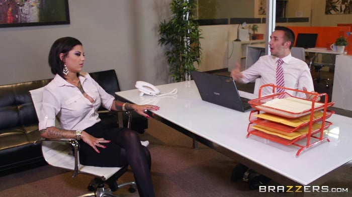 Bonnie Rotten in Squirting On The Job