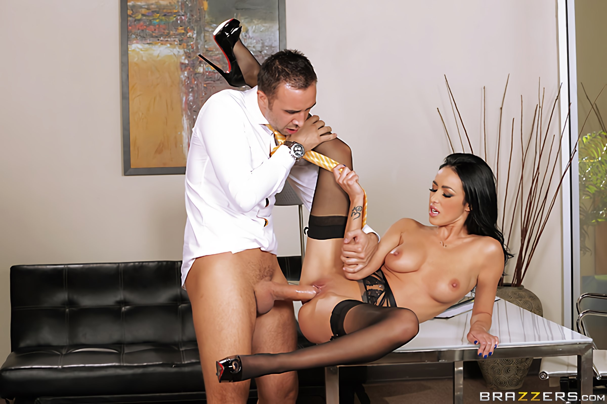 Breanne Benson - Secretary Seduction | Picture (7)