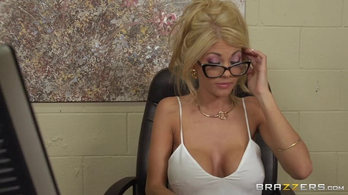 Kayla Kayden in Im The Boss Now