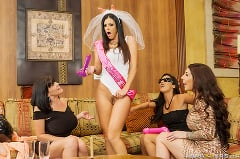 India Summer - Vegas Milf Vacation | Picture (7)