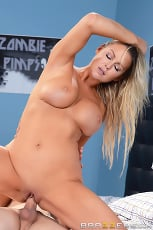 Abbey Brooks - Show Me How You Jerk Off | Picture (11)