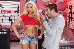 Bonnie Rotten - The Blowjob Business | Picture (6)