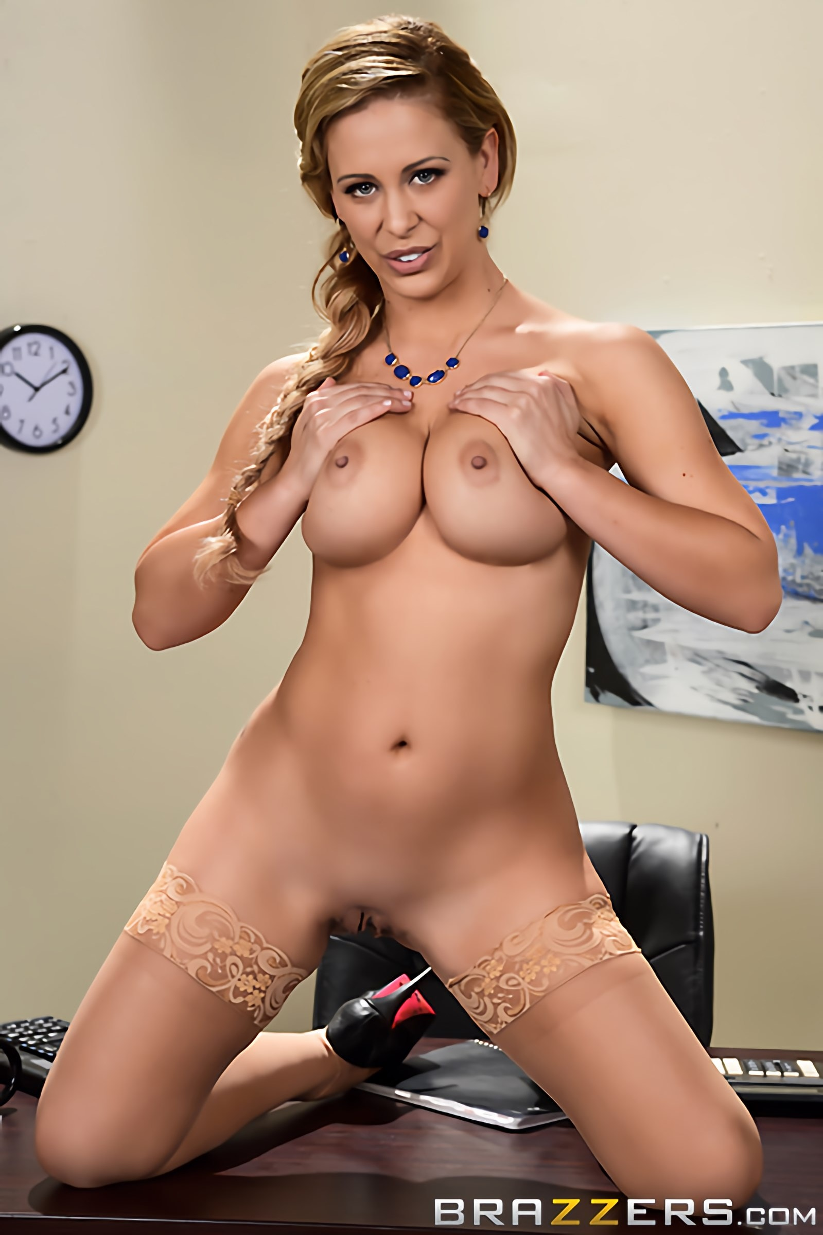 Cherie Deville - Getting Laid Off | Picture (11)