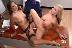 Alena Croft - My Lesbian Doctor | Picture (15)
