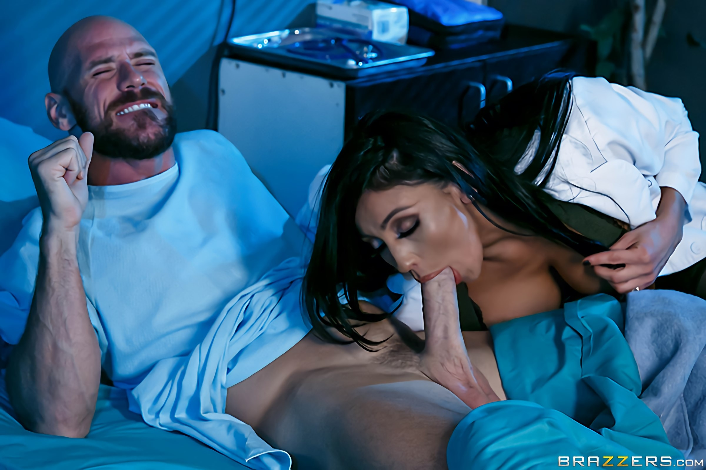Audrey Bitoni - The Insomniac Sucker | Picture (3)
