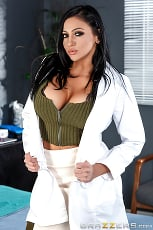 Audrey Bitoni - The Insomniac Sucker | Picture (1)