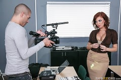 Britney Amber - Titty Film School | Picture (2)