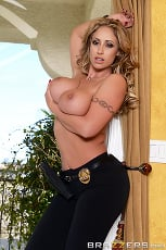 Eva Notty - Milf Squad Vegas- The Stakeout | Picture (5)