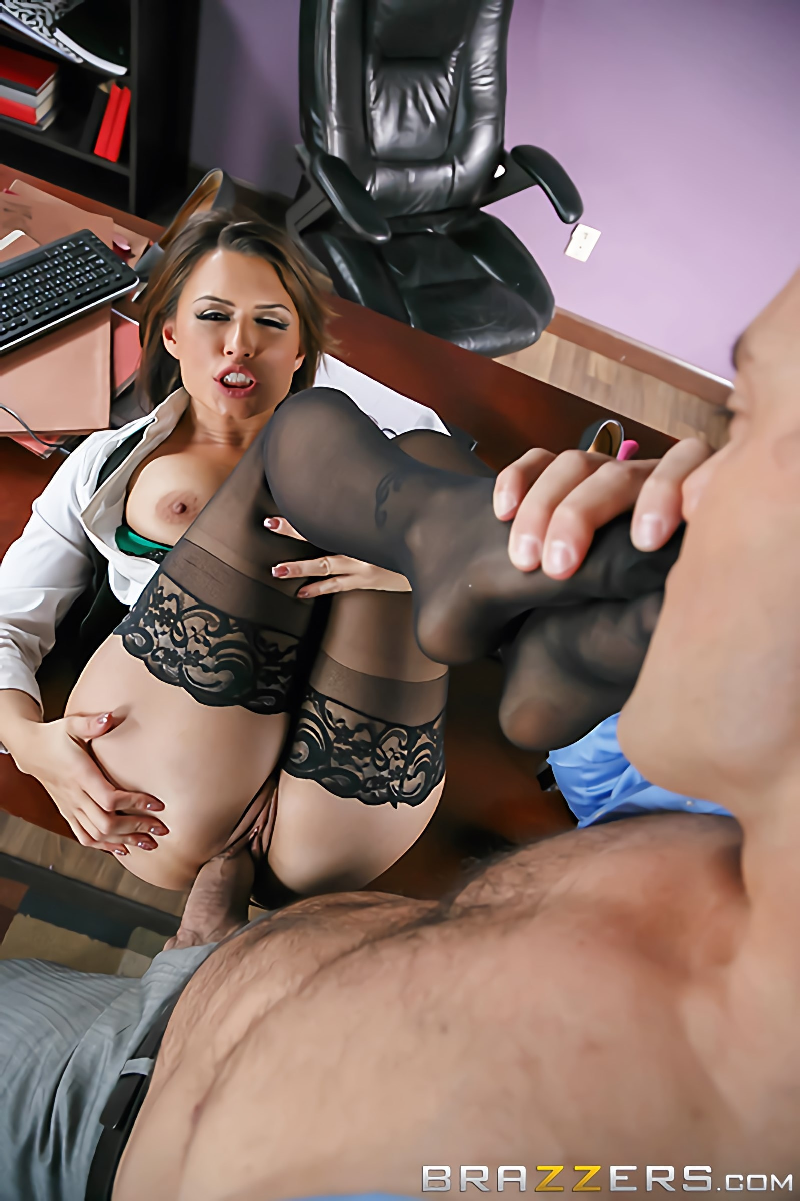 Eva Angelina - Camera Cums In Handy | Picture (3)