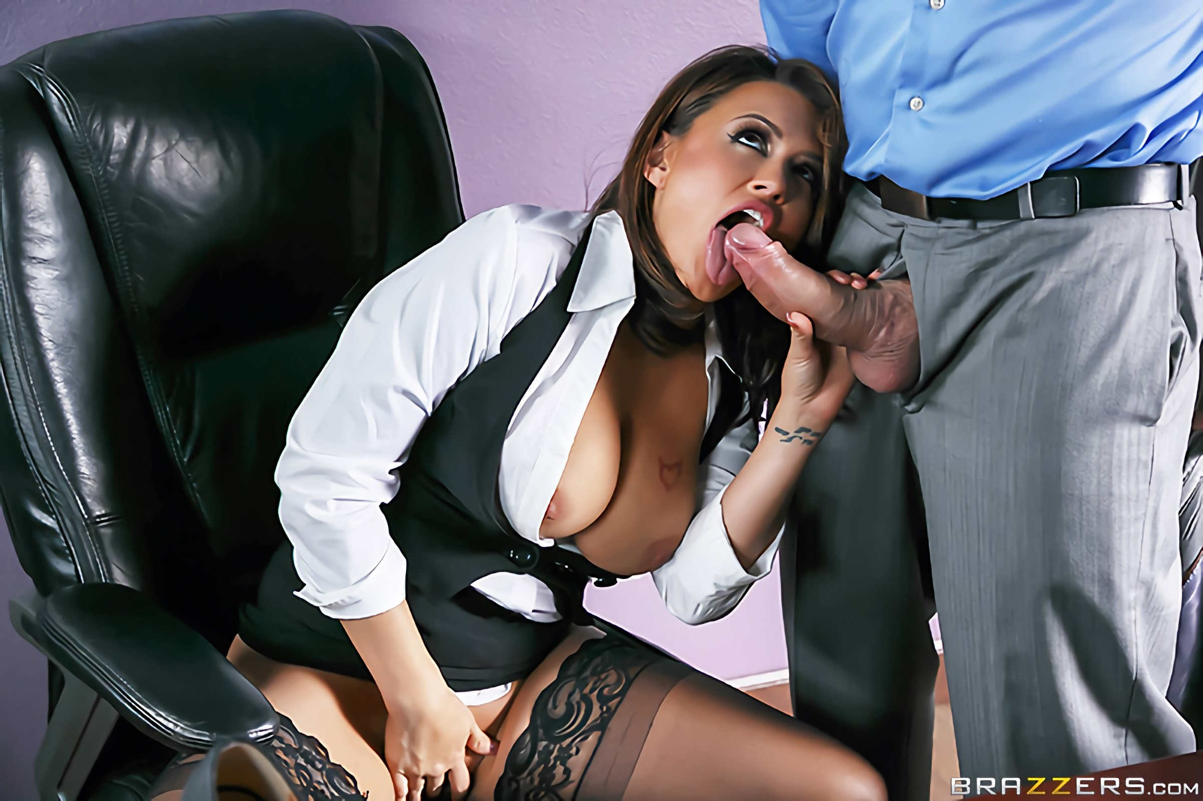 Eva Angelina - Camera Cums In Handy | Picture (9)