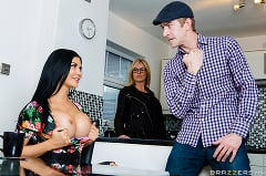 Jasmine Jae - Bringing Stepsiblings Closer Together | Picture (2)